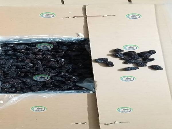 خرید مویز بی دانه سیاه در بازار